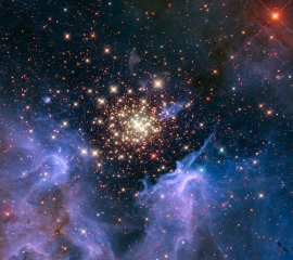Starburst cluster shows celestial fireworks Credit: NASA, ESA, R. O'Connell (University of Virginia), F. Paresce (National Institute for Astrophysics, Bologna, Italy), E. Young (Universities Space Research Association/Ames Research Center), the WFC3 Science Oversight Committee, and the Hubble Heritage Team (STScI/AURA)